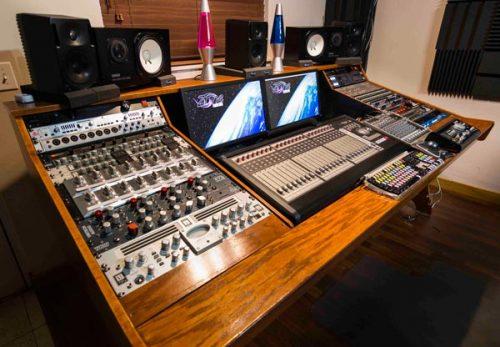 Desk-from-left-2